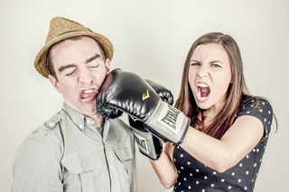Argument-boxing-conflict-343
